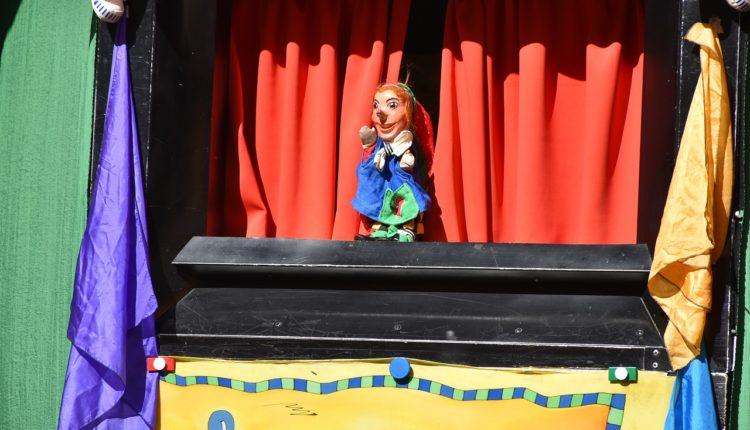puppet-show-3701788_1280