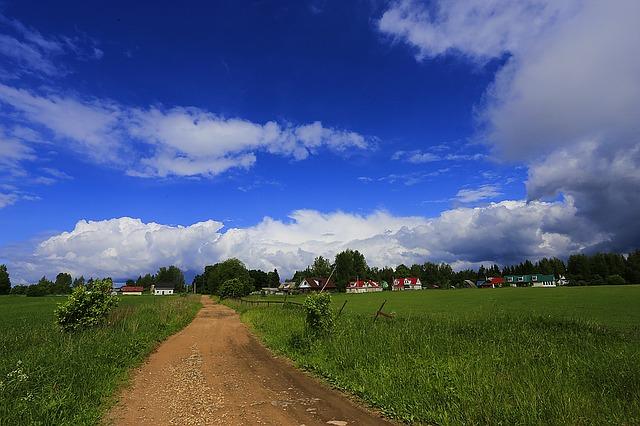 village-1478015_640