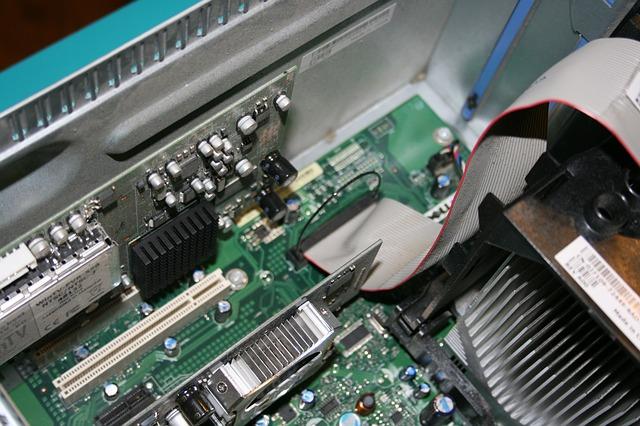 computer-725906_640