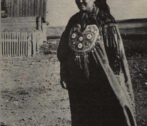 Праздничный-костюм-хакасской-женщины.-Степной-район.