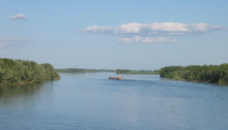 Ob_river_-a