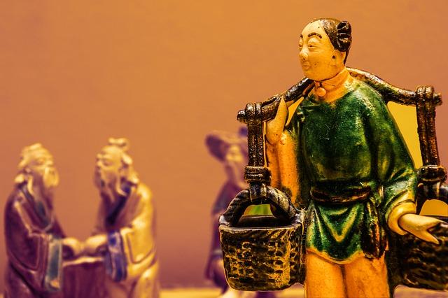 statue-1890683_640