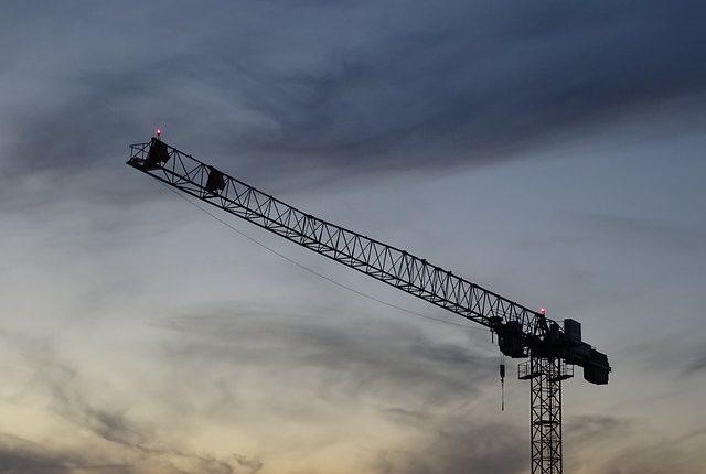 crane-1706007_640