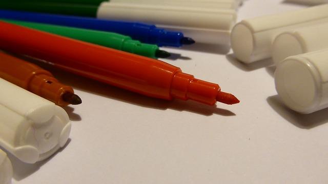 felt-tip-pens-537194_640