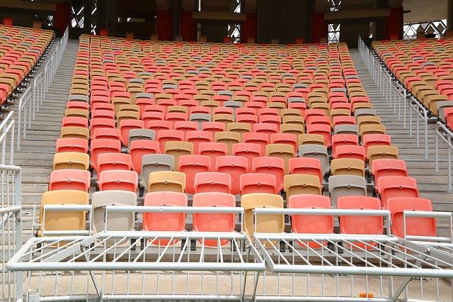 stadium-chair-4009018_640 Ashraf Chemban с сайта Pixabay