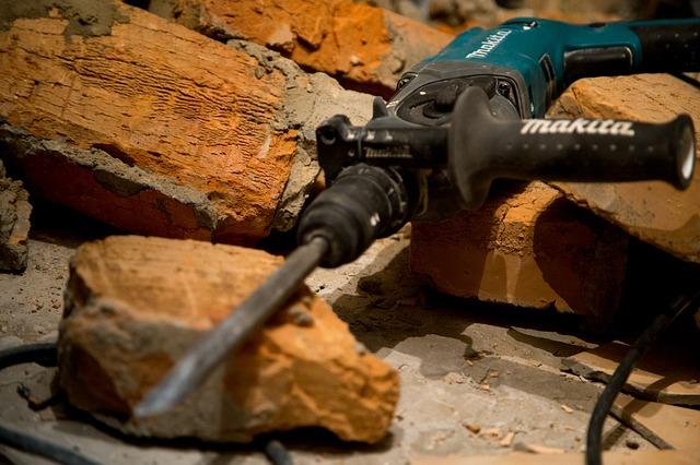 construction-2845771_640