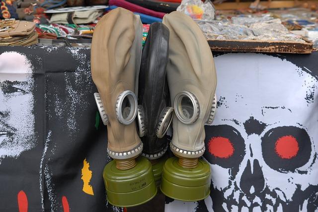gas-mask-3404501_640