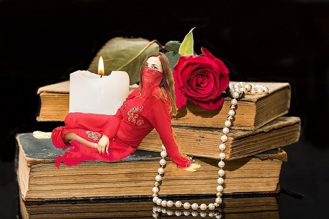 book-2670137_640